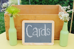 Wedding Decoration: Simple chalkboard sign for cards