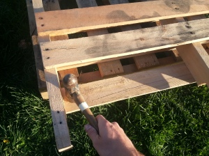 DIY Pallet Flower Boxes :: simplifythechaos.com