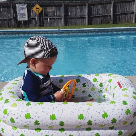 LJ in pool