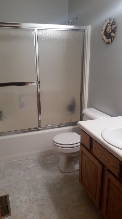 Guest Bath Before